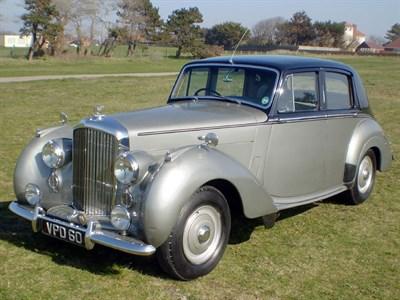 Lot 9 - 1954 Bentley R-Type Saloon