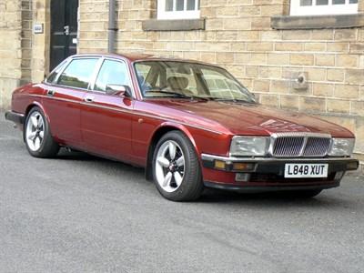 Lot 36 - 1993 Daimler Double Six