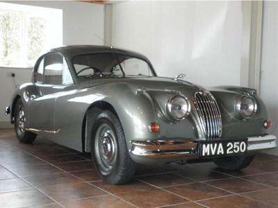 Lot 6 - 1955 Jaguar XK140 SE Fixed Head Coupe