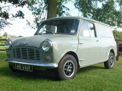 Lot 7 - 1963 Morris Mini Van