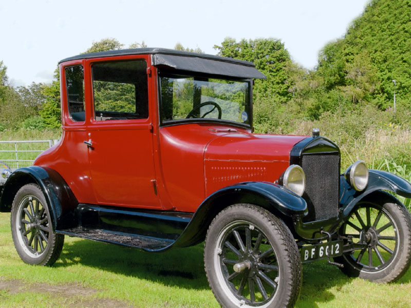 Lot 20-1927 Ford Model T Doctors Coupe