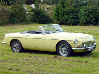 Lot 13 - 1968 MG C Roadster