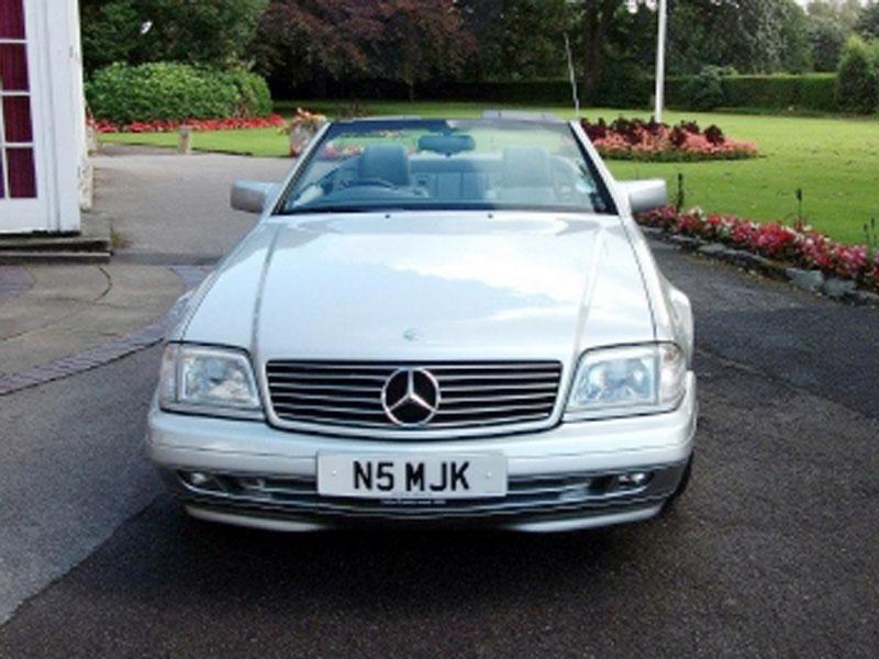 Lot 18 - 1996 Mercedes-Benz SL 280