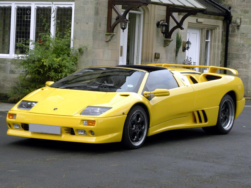 Lot 85 - 1999 Lamborghini Diablo VT Roadster