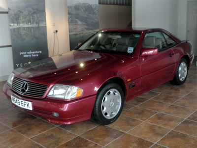 Lot 5 - 1995 Mercedes-Benz SL 280