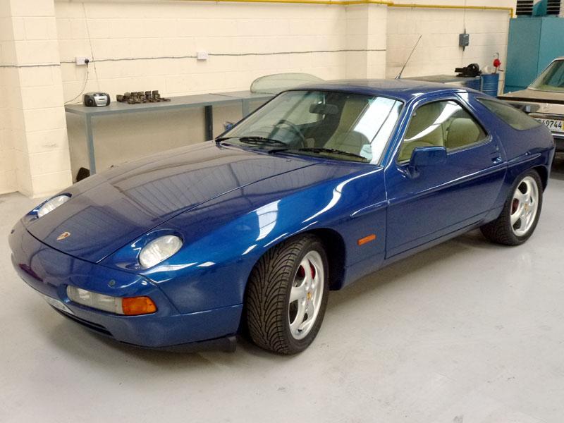 Lot 1 - 1989 Porsche 928 S4