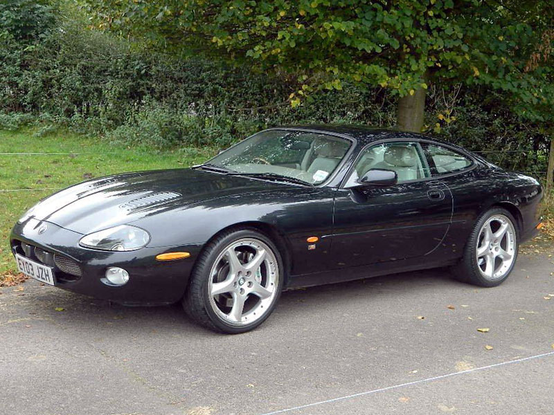 Lot 40-2003 Jaguar XKR