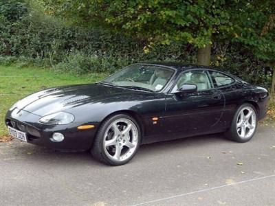 Lot 40-2003 Jaguar XKR