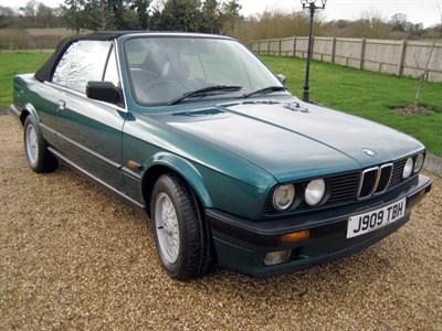 Lot 51-1992 BMW 318i