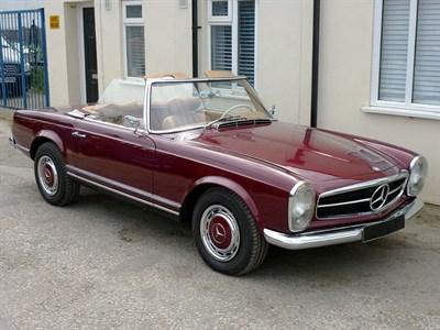 Lot 41-1967 Mercedes-Benz 250 SL