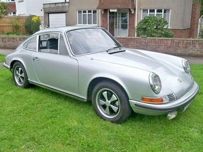 Lot 33-1968 Porsche 911 E