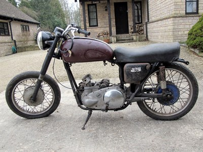 Lot 13-1958 Ariel Huntmaster FH