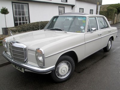 Lot 68 - 1970 Mercedes-Benz 230 Saloon