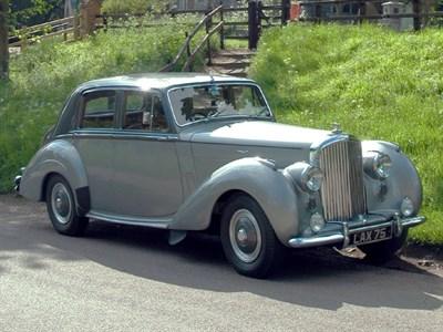 Lot 82-1952 Bentley R-Type Saloon