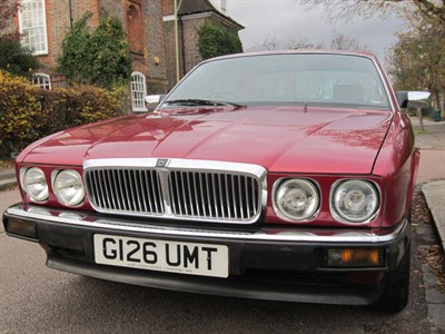 Lot 11 - 1989 Jaguar XJ6 2.9