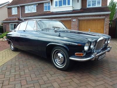 Lot 47 - 1968 Jaguar 420G
