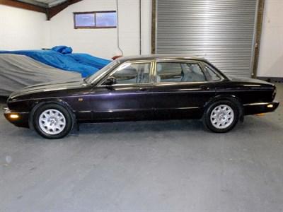 Lot 49 - 1998 Jaguar Sovereign 4.0