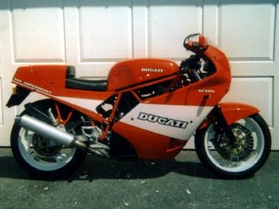 Lot 44-1990 Ducati 900 SS