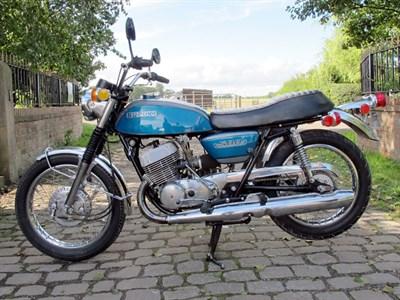 Lot 51-1975 Suzuki T500
