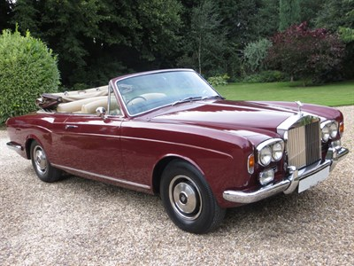 Lot 29-1973 Rolls-Royce Corniche Convertible