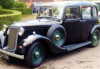 Lot 67-1935 Armstrong Siddeley 12hp Plus Saloon