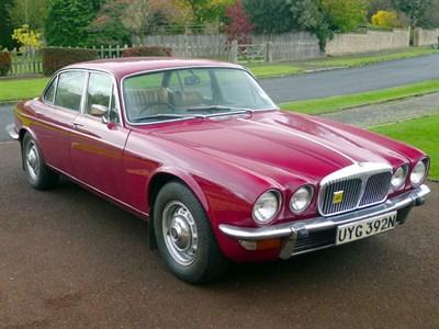 Lot 61-1974 Daimler Sovereign 4.2