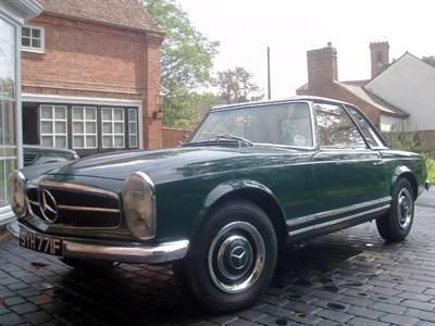 Lot 53-1967 Mercedes-Benz 230 SL