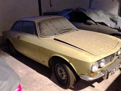 Lot 5-1975 Alfa Romeo 2000 GTV