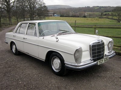 Lot 40 - 1966 Mercedes-Benz 250 SE Saloon