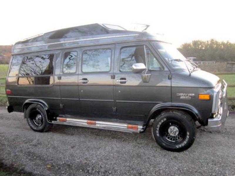 Lot 39 - 1990 Chevrolet G20 Diesel