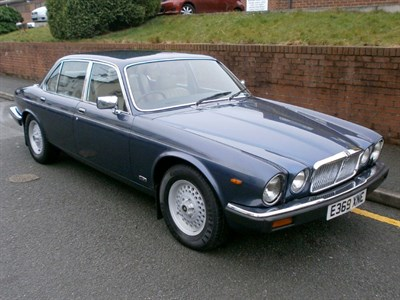 Lot 21 - 1988 Jaguar XJ12 Sovereign