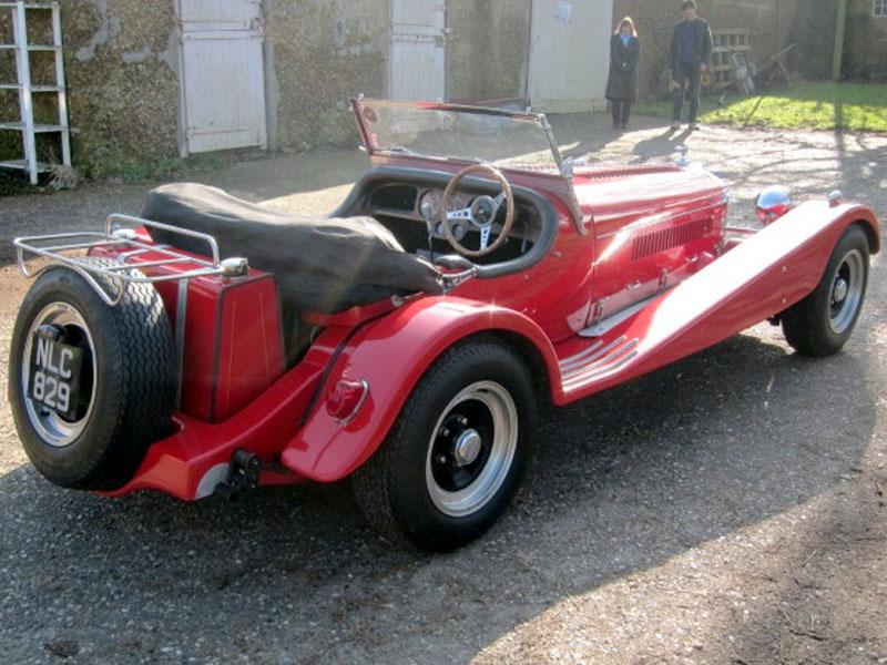 Lot 16 - 1952 Bentley MK VI 'Donington' by Johnard