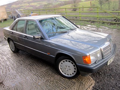 Lot 31 - 1990 Mercedes-Benz 190 E