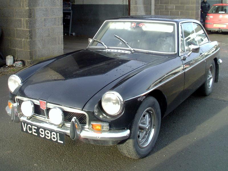 Lot 3 - 1973 MG B GT