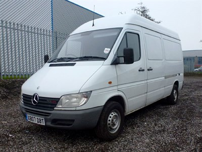 Lot 96 - 2001 Mercedes-Benz Sprinter 313 CDI MWB