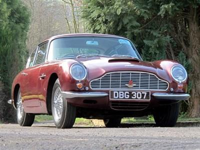 Lot 77 - 1969 Aston Martin DB6