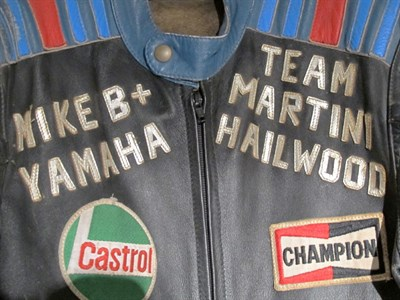 Lot 10-Lookwell Mike Hailwood Martini Yamaha Leathers