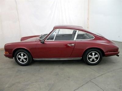 Lot 76 - 1971 Porsche 911 T