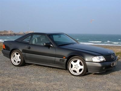 Lot 92 - 1990 Mercedes-Benz 500 SL