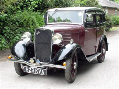 Lot 3-1933 Singer Nine Saloon