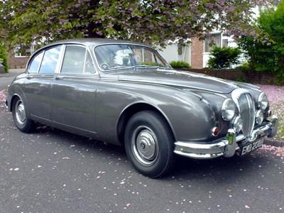 Lot 20-1964 Daimler V8-250