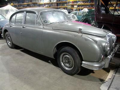 Lot 1 - 1963 Daimler V8-250