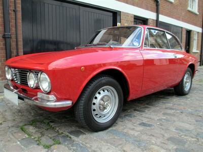 Lot 50 - 1975 Alfa Romeo 2000 GTV