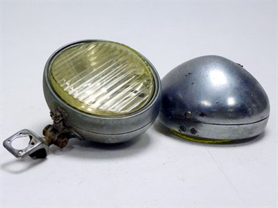 Lot 81 - A Pair of Oval Headlamps