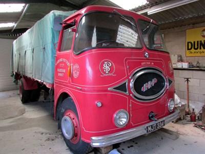 Lot 76-1958 ERF KV 44G Lorry