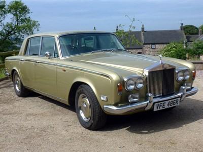 Lot 77-1976 Rolls-Royce Silver Shadow