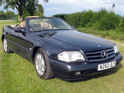 Lot 69-1996 Mercedes-Benz SL 320