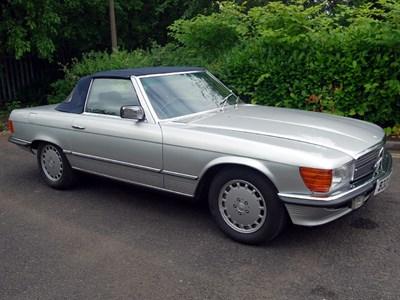 Lot 84-1984 Mercedes-Benz 380 SL