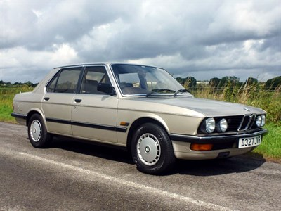 Lot 14-1986 BMW 525e
