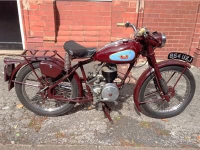 Lot 12 - 1951 James Captain